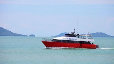 เรือซีทราน ดิสคัฟเวอร์รี่  เรือซีทราน ดิสคัฟเวอร์รี่ (Seatran Discovery High Speed Ferry)